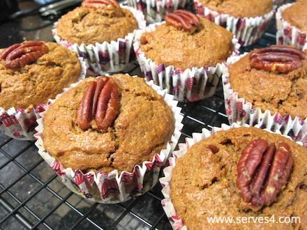 Home Made Cake: Pumpkin Pecan Spelt Muffins