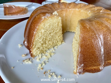 Best Baking Recipes: Lemon Drizzle Cake